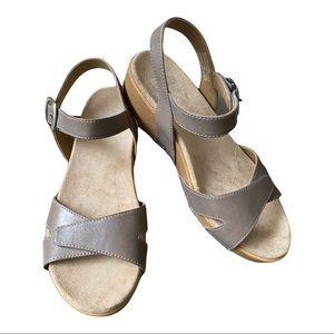 Dansko New Women's Sandal Laurie Leather Stone size 38
